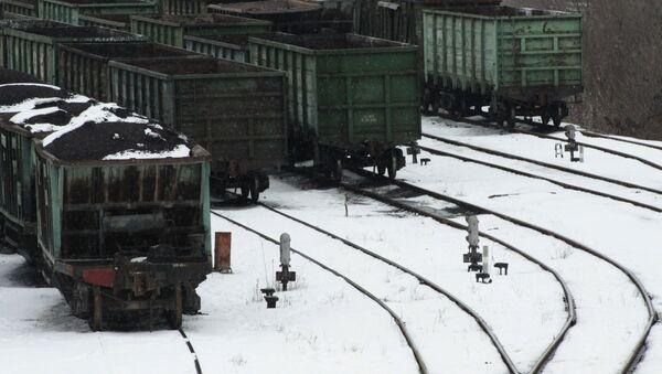Vagony s uhlím v Doněcku - Sputnik Česká republika