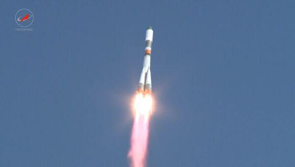 Progress MS startoval z Bajkonuru k ISS poprvé po prosincové havárii - Sputnik Česká republika