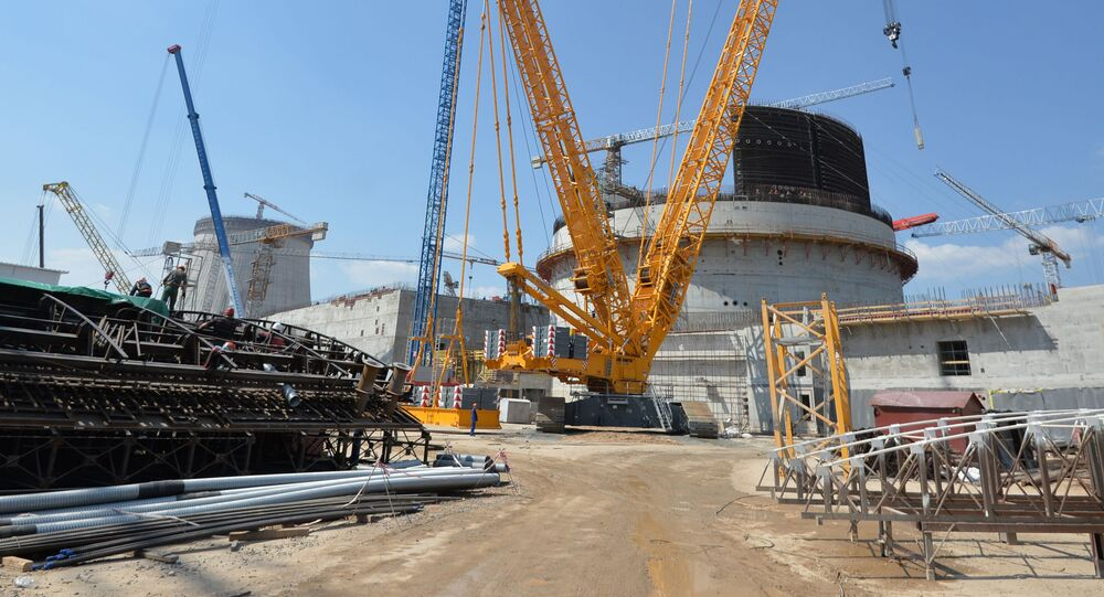 Budování Běloruské jaderné elektrárny. Ilustrační foto