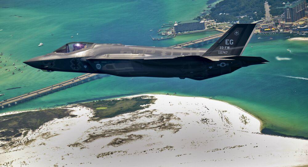 Stíhačka F-35 Lightning II