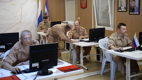 Ruští vojáci na letecké základně Hmeimim - Sputnik Česká republika