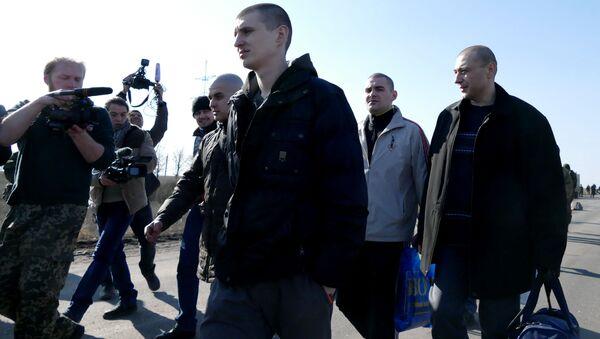 Výměna zajatců mezi DLR a Kyjevem - Sputnik Česká republika