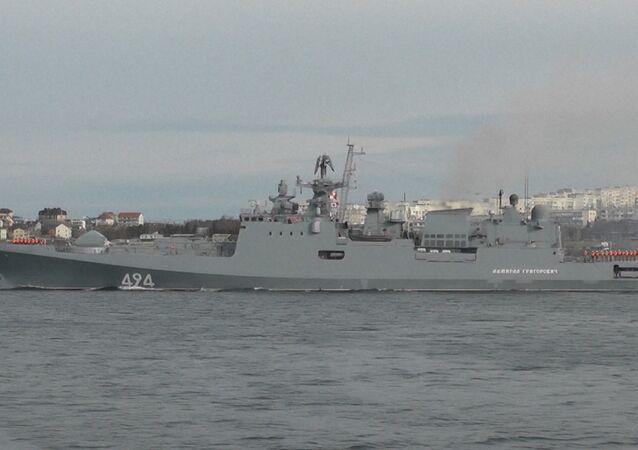 Fregata Admirál Grigorovič vyplula ze Sevastopolu