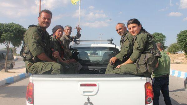 Oddíly Demokratických sil Sýrie - Sputnik Česká republika