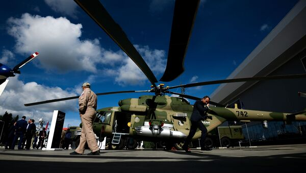 Víceúčelový vrtulník Mi-17B-5 - Sputnik Česká republika