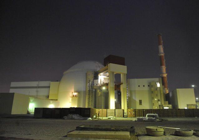 Íránská jaderná elektrárna Bušer