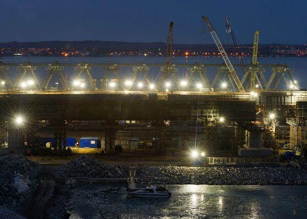 Stavba století: most přes Kerčský průliv - Sputnik Česká republika