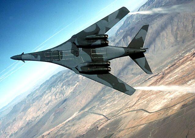 Americký strategický bombardér B-1B Lancer