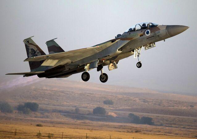 Izraelská stíhačka F-15. Archivní foto