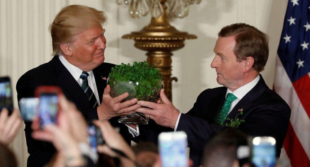 Prezident USA Donald Trump a irský premiér Enda Kenny