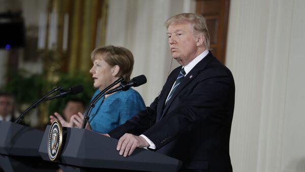 Встреча президента США Дональда Трампа и канцлера Германии Ангелы Меркель - Sputnik Česká republika