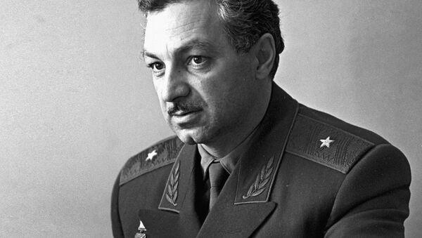 Slavný zkušební letec Hrdina Sovětského svazu Stěpan Mikojan - Sputnik Česká republika