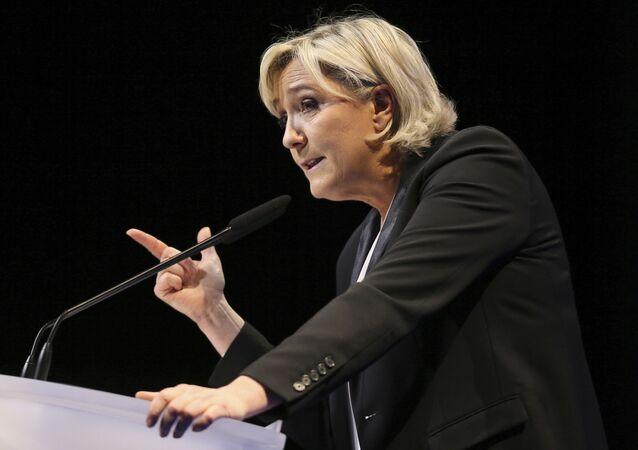 Předsedkyně pravicové francouzské strany Národní sdružení (bývalá Národní fronta) Marine Le Penová