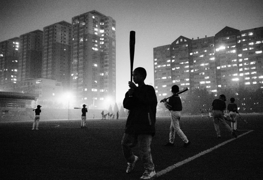 Guanguan Liu Poor kids' baseball team
