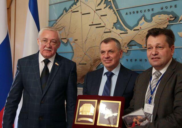 Návštěva německé delegace na Krym