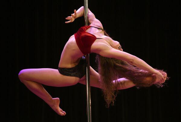 Soutěž v tancích na tyči v USA - Sputnik Česká republika