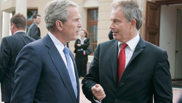 George Bush mladší a Tony Blair - Sputnik Česká republika