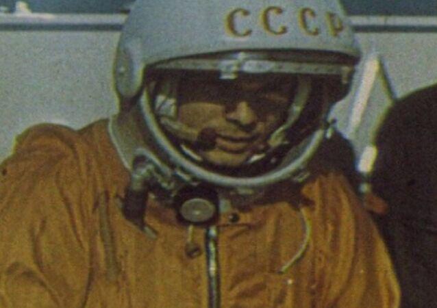 První let člověka do vesmíru. Archivní záběry