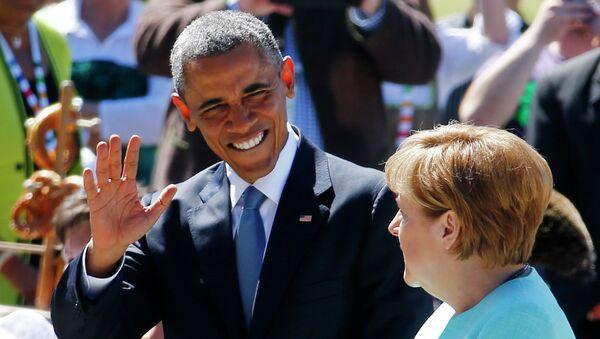 Barack Obama a  Angela Merkelová na summitu G7 v Elmau - Sputnik Česká republika