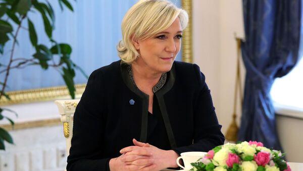 Kandidátka na post prezidenta Francie Marine Le Penová - Sputnik Česká republika