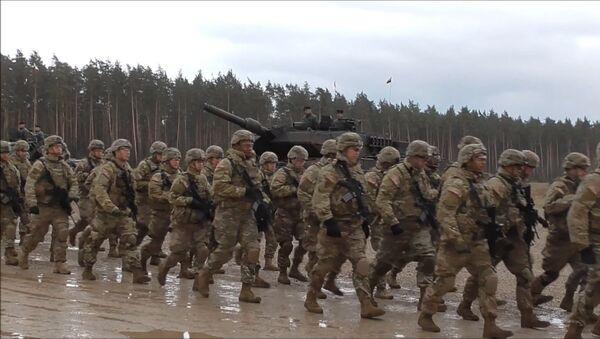 Historická chvíle pro Polsko: setkání vojáků NATO - Sputnik Česká republika