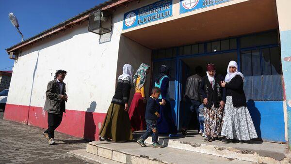 Referendum v Diyarbakiru, Turecko - Sputnik Česká republika