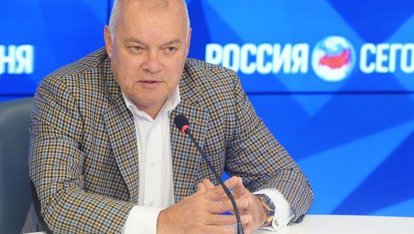 Generální ředitel MIA Rossija segodnia, televizní moderátor Dmitrij Kiseljov - Sputnik Česká republika