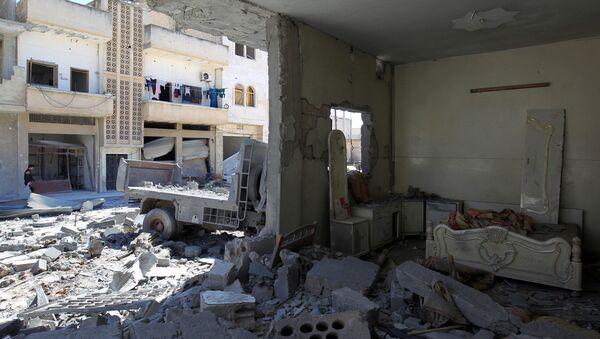 Idlib po bombardování - Sputnik Česká republika