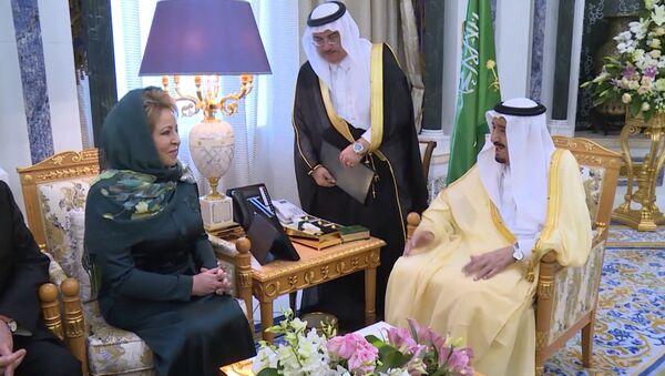 Valentina Matvijenková se v neděli setkala s králem Saúdské Arábie - Sputnik Česká republika