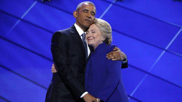 Barack Obama a Hillary Clintonová - Sputnik Česká republika