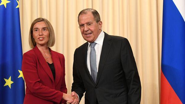 Sergej Lavrov a Federica Mogheriniová - Sputnik Česká republika