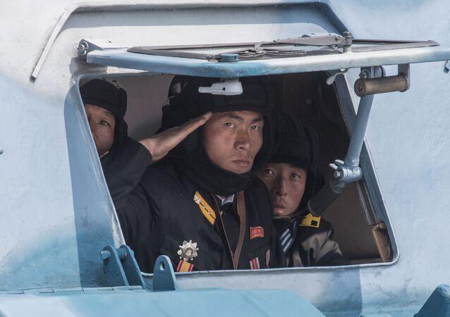 Přehlídka u příležitosti 105. výročí narození Kim Ir-sena
