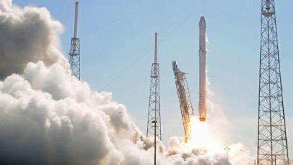 Start rakety Falcon 9 - Sputnik Česká republika