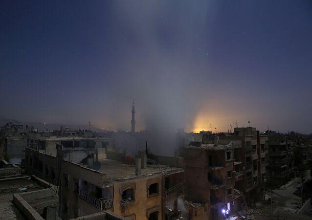 Kouř nade Damaškem. Ilustrační foto