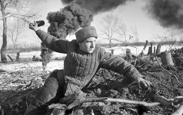 """U Stalingradu září 1942. """"Bojovat do posledního dechu"""" - Sputnik Česká republika"""