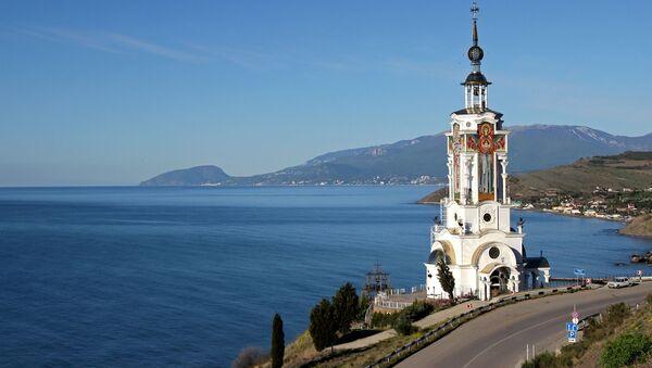 Kostel-maják sv. Mikuláše na Krymu - Sputnik Česká republika
