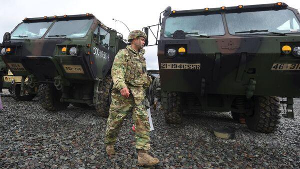 Americký voják během cvičení v Jižní Koreji - Sputnik Česká republika