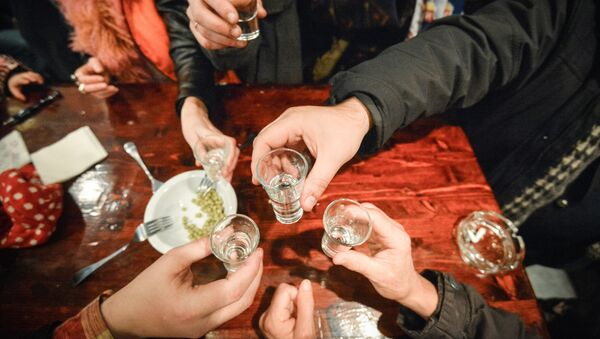V moskevském baru - Sputnik Česká republika