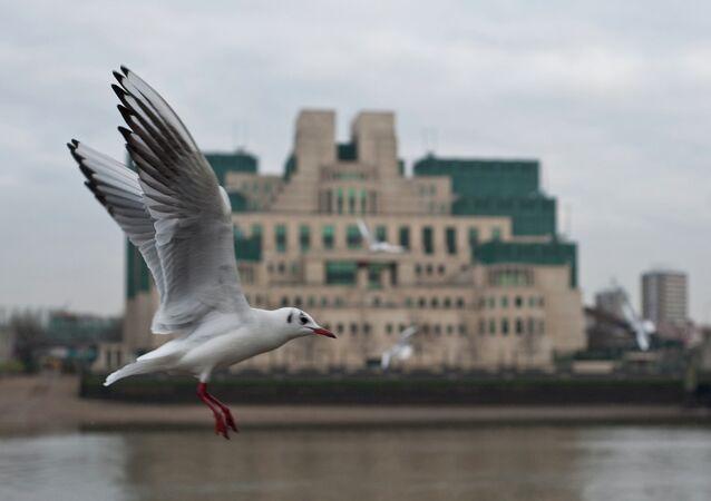 Budova britské výzvědné služby SIS, která je známá také jako MI6