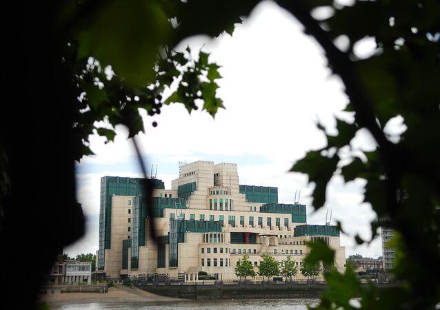 Budova MI6 v Londýně