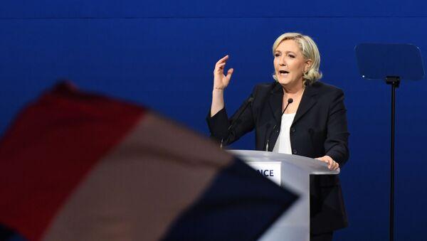 Vůdkyně Národní fronty Marine Le Penová - Sputnik Česká republika
