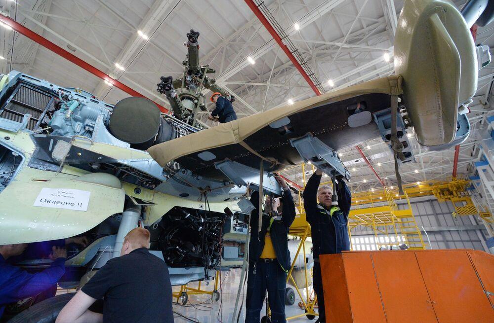 Zrození Aligátorů: jak se vyrábějí vrtulníky Ka-52