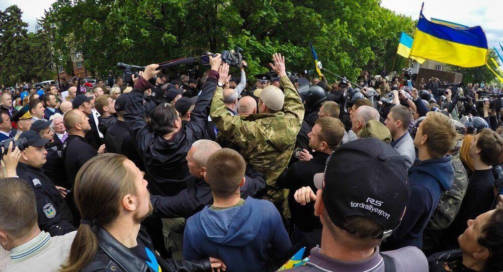 Potyčky v Dnipru 9. května