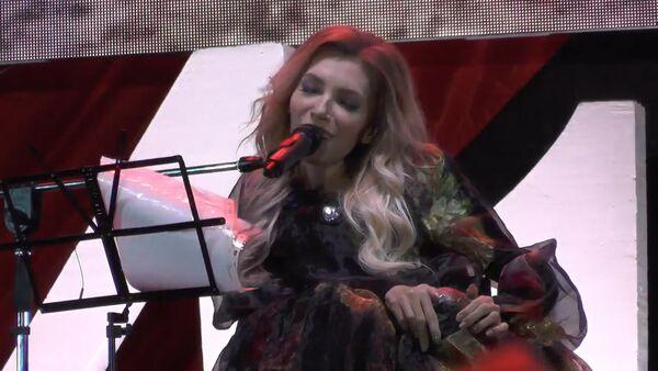 Julija Samojlovová zazpívala v Den vítězství na Krymu - Sputnik Česká republika