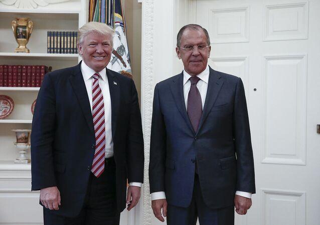 Prezident USA Donald Trump a ministr zahraničí RF Sergej Lavrov