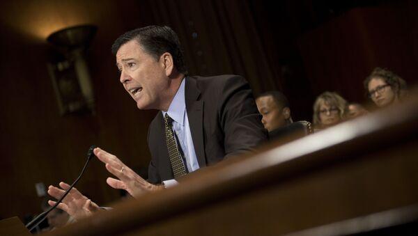 Bývalý ředitel FBI James Comey - Sputnik Česká republika