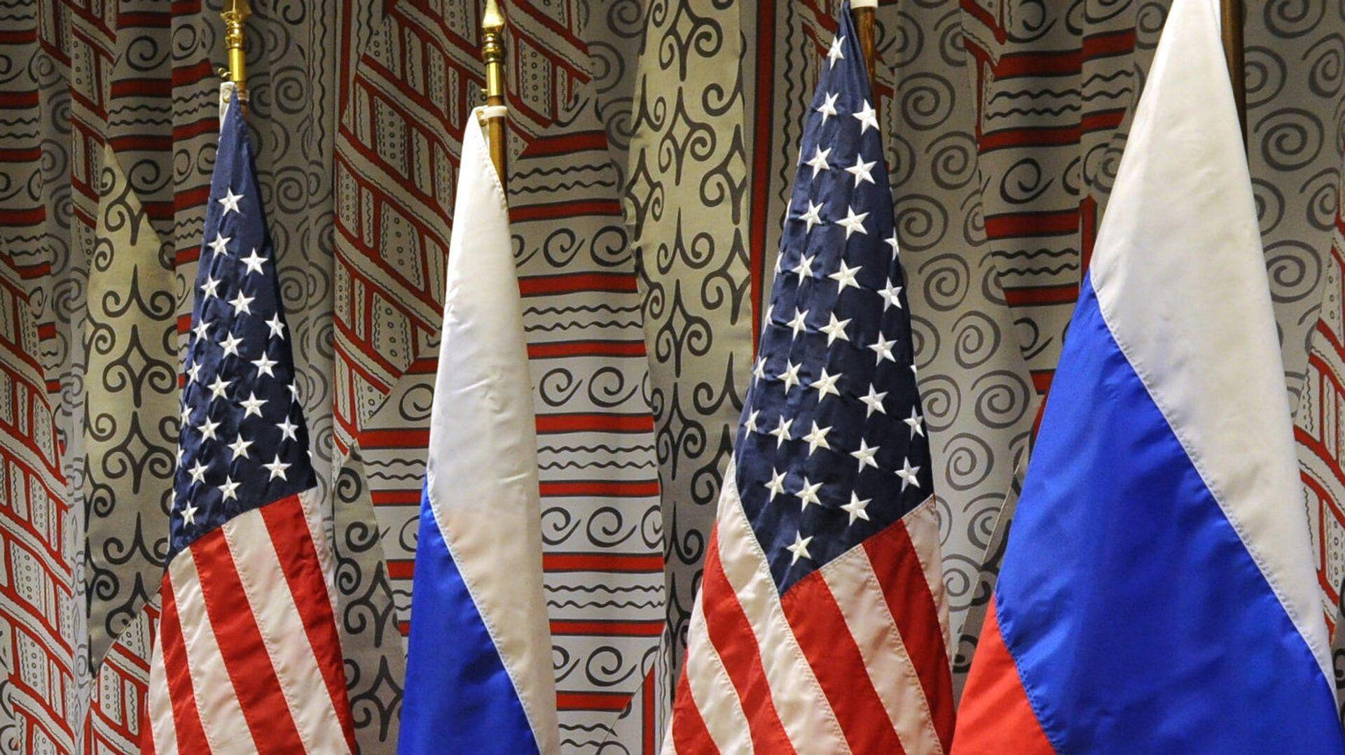 Vlajky Ruska a USA. Ilustrační foto - Sputnik Česká republika, 1920, 14.09.2019