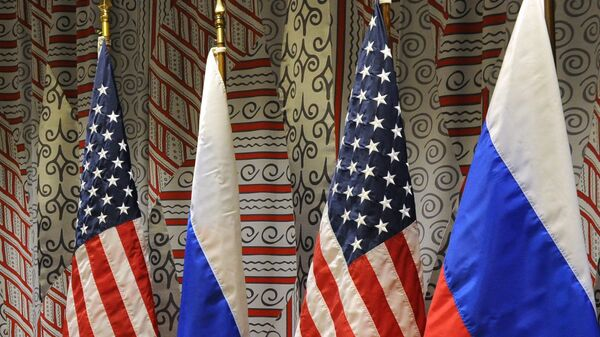 Vlajky Ruska a USA - Sputnik Česká republika