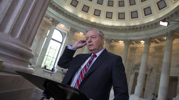Сенатор-республиканец Линдси Грэм в Вашингтоне - Sputnik Česká republika