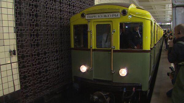 Historická rekonstrukce dne zahájení provozu moskevského metra - Sputnik Česká republika